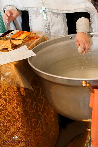 Таинство Крещения Эмилии в Введенском храме