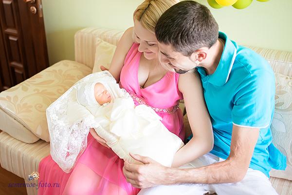 Зачем нужен фотограф на выписку мамы и ребенка из роддома?