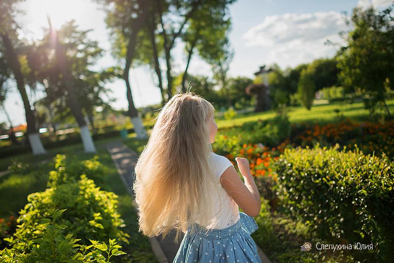 Летняя прогулка Ирины и Настюшки