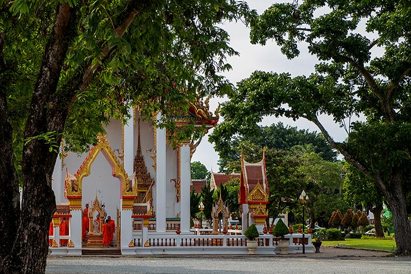 Пхукет, май 2018. Храм Ват Чалонг